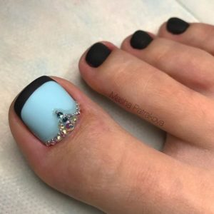 French Pedicure Photos 15