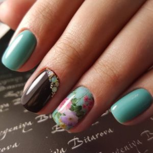 Awesome Nail Design For Short Nails L